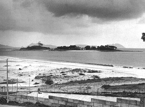 illa de Toralla desde as dunas do Vao